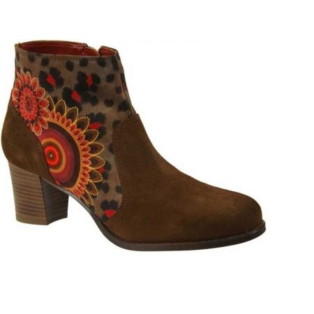 https://cdn.timeshoes.fr/4204-thickbox/bottines-desigual-selva.jpg