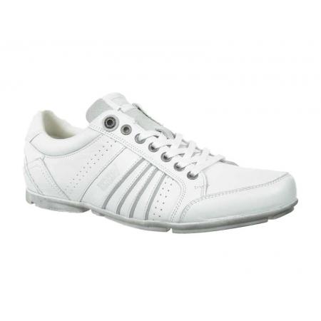 https://cdn.timeshoes.fr/7788-thickbox/levi-s-casual-shoes-firebaugh.jpg